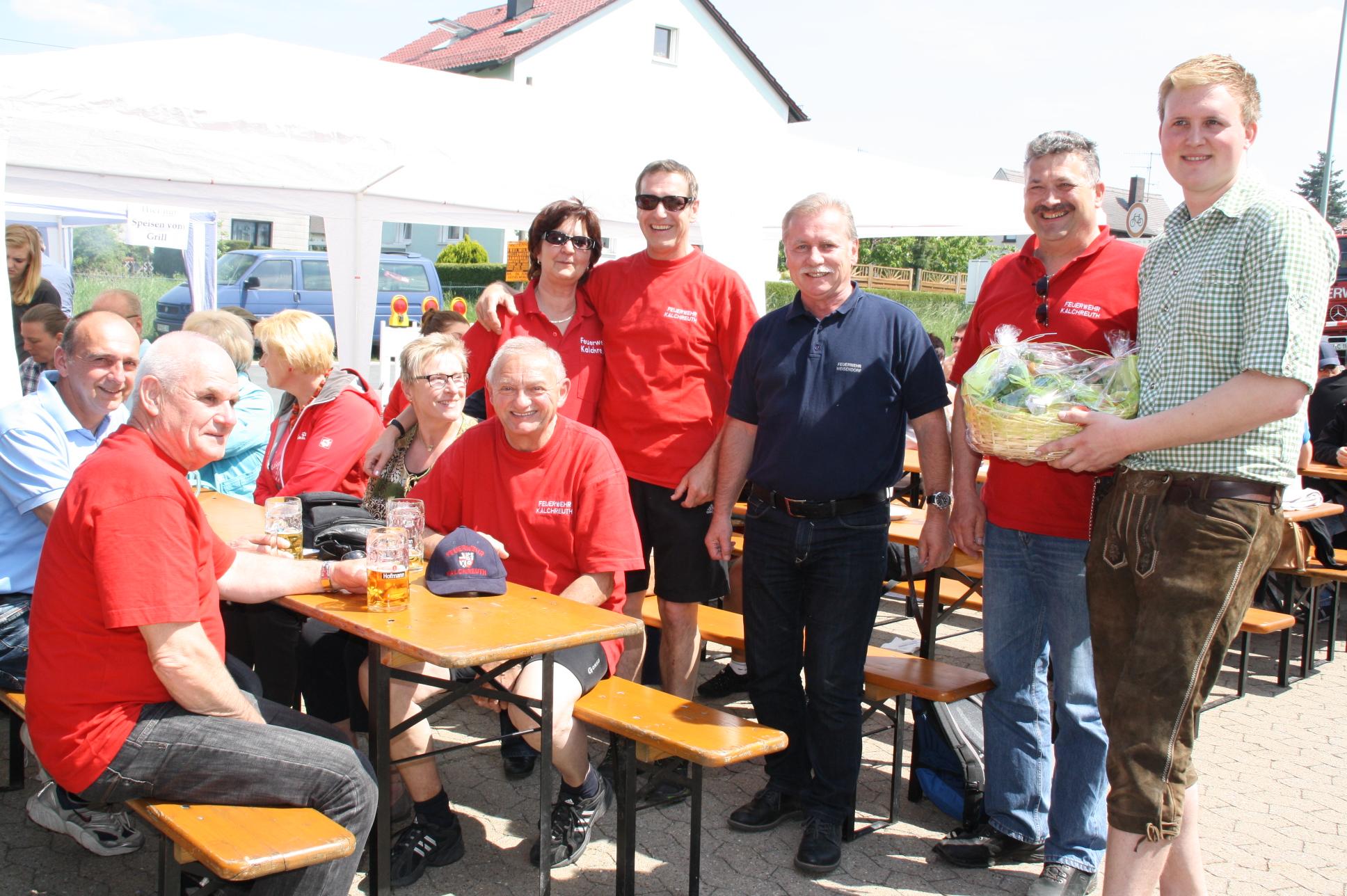 Am Himmelfahrtstag waren die Kalchreuther Kameraden zu Besuch bei der Weisendorfer Feuerwehr.