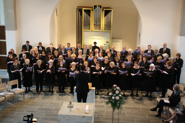 """Das """"Große Abendlob"""", komponiert von Gerald Fink, berührend gesungen vom für diese Aufführung"""