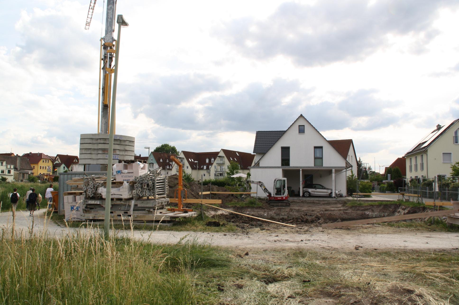 Im Bauausschuss wurde heftig diskutiert, wie stark verdichtet künftig gebaut werden soll.